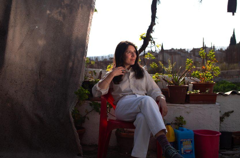 Lorena Álvarez: «Ya ni siquiera escuchamos una canción entera»